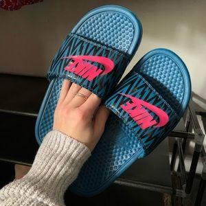 Nike ZigZag Slides